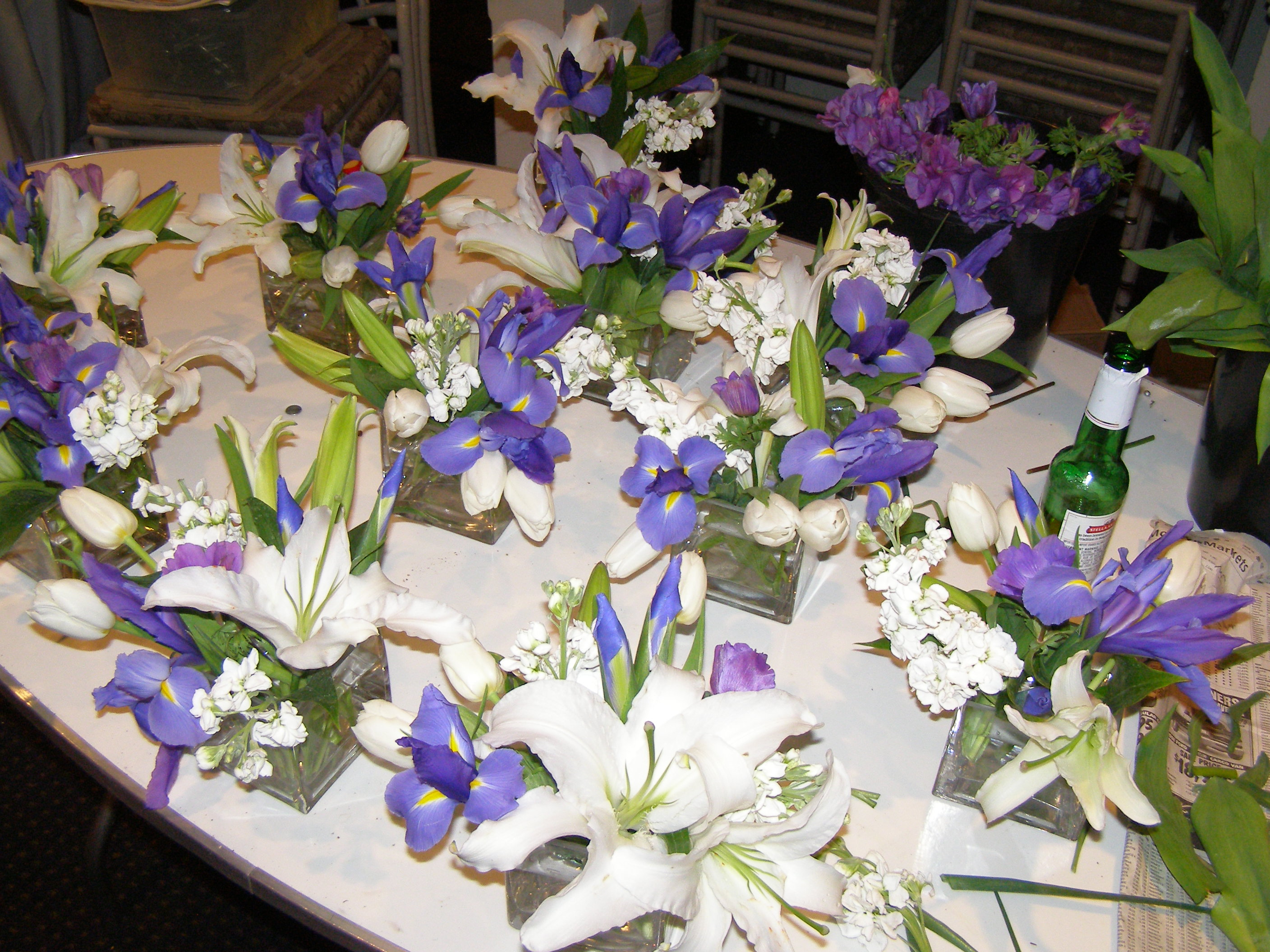 Business directory products articles companies - Flowers for table decorations ...