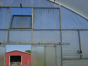 hoophouse ventilation